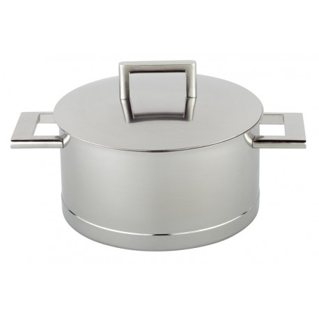 Cooking pot ith lid John Pawson
